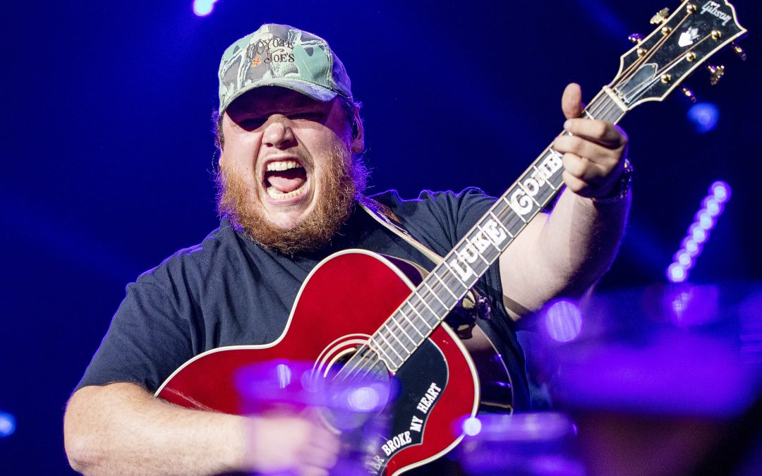"""Luke Combs' """"Beautiful Crazy"""" Was the Most-Played Song of the Year"""
