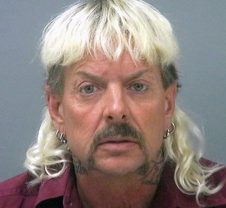A Zookeeper with an Amazing Mullet Gets Prison Time for Trying to Hire a Hitman to Take Out a Rival