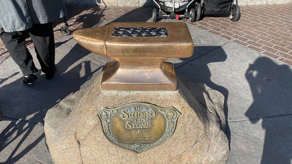 """A """"Buff"""" Guy Managed to Pull the Sword Out of the Stone at Disneyland"""