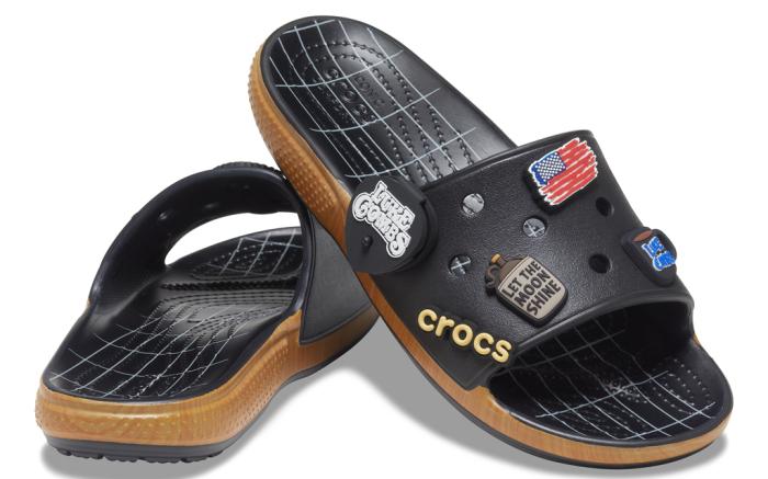 """Luke Combs """"Bootlegger Slide"""" Crocs"""